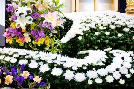 葬儀祭壇の供花